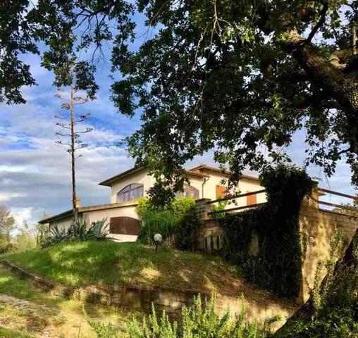 Appartamento Sara (casa in campagna con vista)