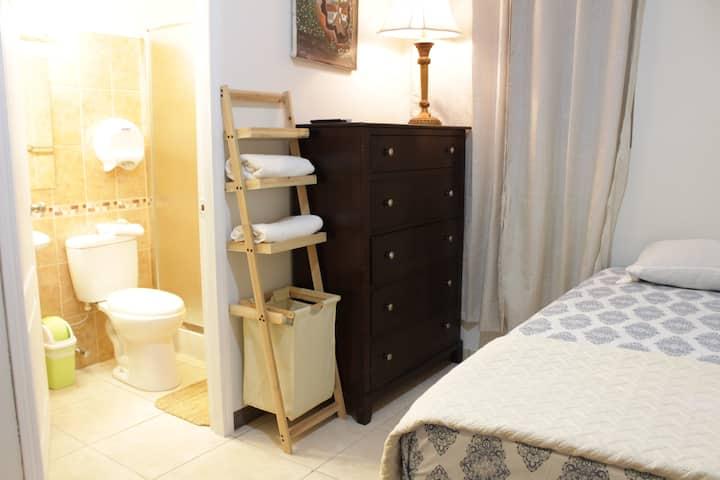 Luxury Studio Lempira-RiverStone Lodge