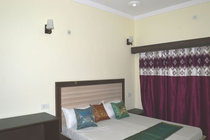 Stay on Prime Location in Khajuraho.
