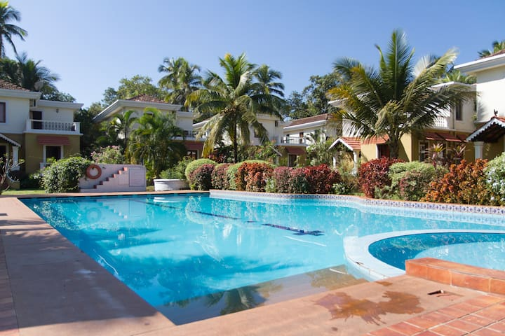 Luxury Villa in North Goa - Guirim, Bardez