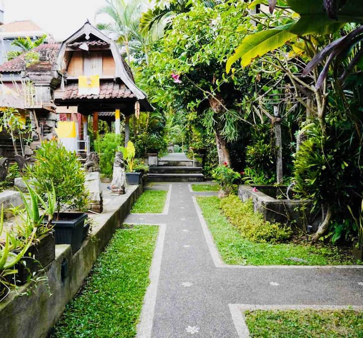 Matahari house Central Ubud, Bali
