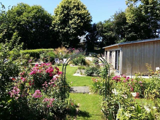 A la campagne, au calme (chambre Klimt ) - Plouégat-Guérand - Haus