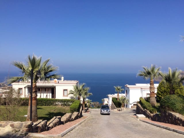 Bodrum Pool Beach View - love it! - Bodrum - Wohnung