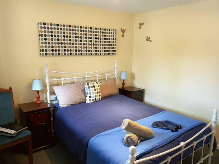 Wilderness Courtyard Rooms at Kinloch Wilderness Retreat