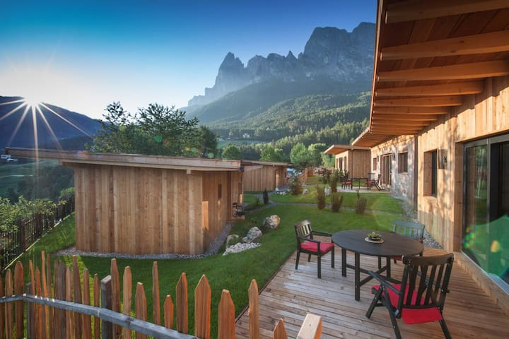 Camping Seiser Alm  Dolomiten Lodge