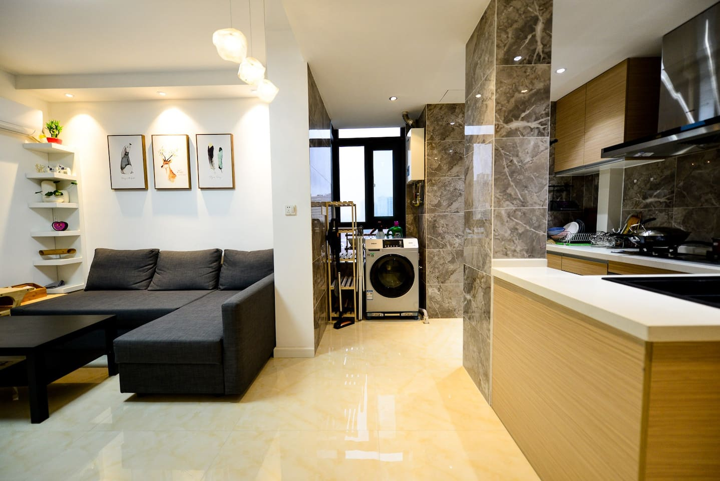 厨房和客厅