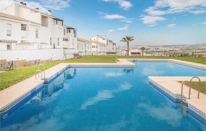 Beautiful home in Caleta de Velez with WiFi, Outdoor swimming pool and 2 Bedrooms