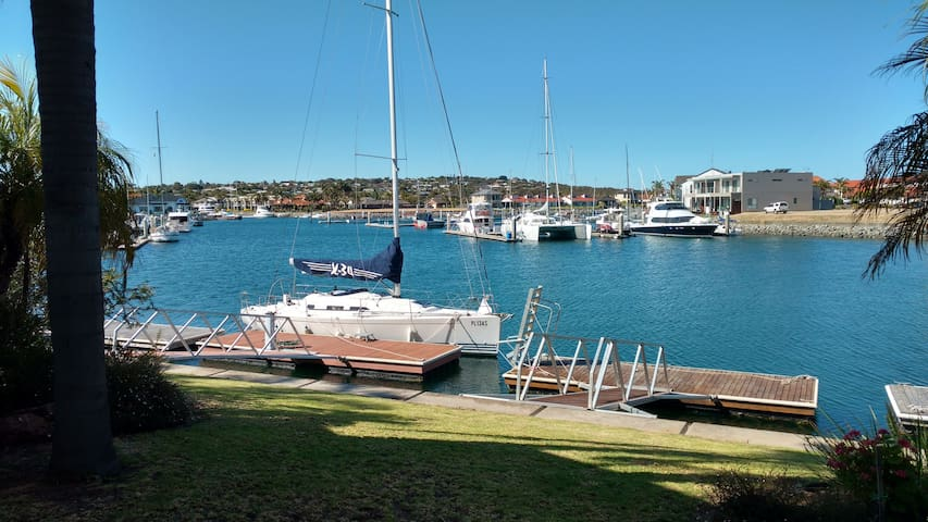 Waterfront Marina Town House - Port Lincoln - House