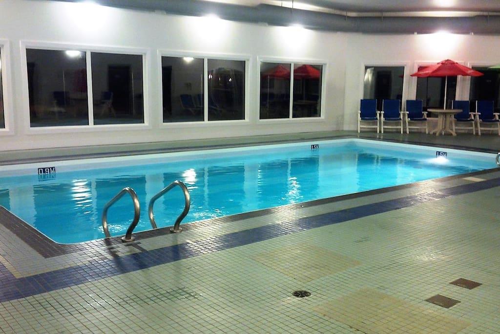 Beautiful warm indoor pool, with sauna & hottub too!