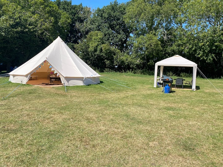 Luxury bell tent glamping