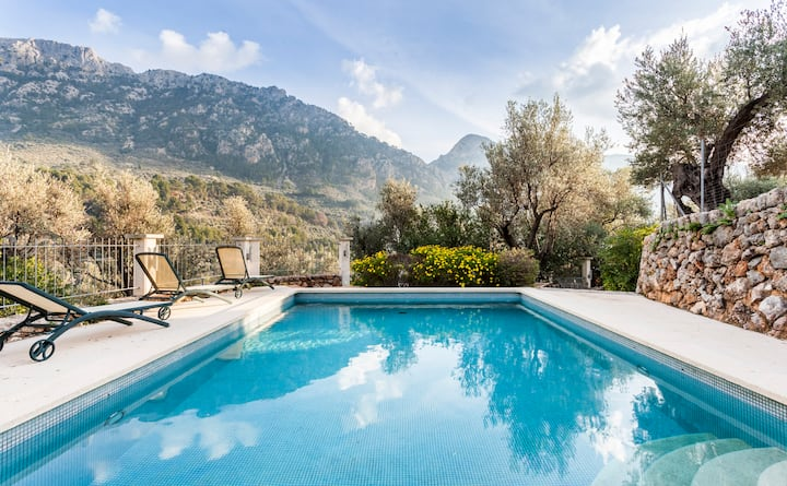 Ca'n Rom - Villa w/ Pool, WiFi, Incredible Views