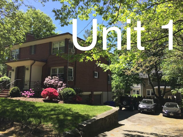 Unit1 GR8 LOCATION Mins from BC&Longwood Med Area!