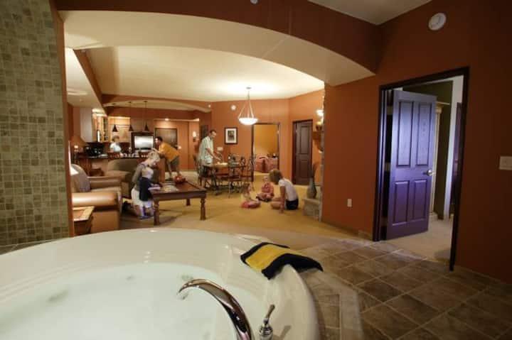 1,900 Sq Ft 3-Bedroom Condo+H20 @ Chula Vista!!!