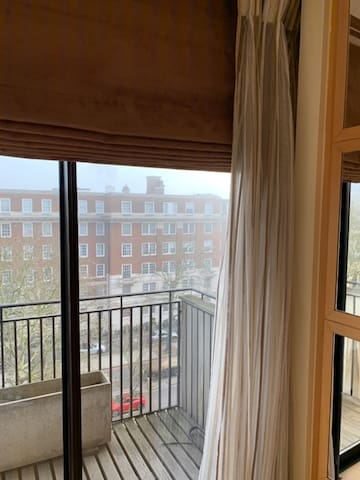 LUX Single Room(Central London/Zone1)