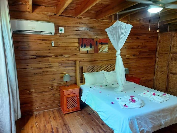 Casa 1 - 12 sleeper villa