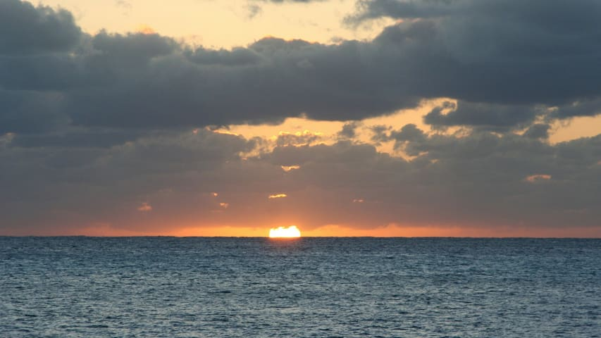 Bimini Beach House is a Lil Bit of Heaven - Port Royal - Dom