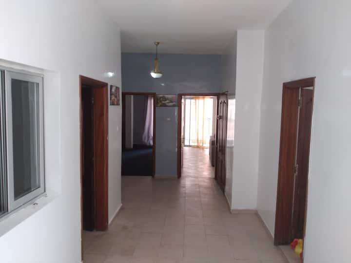 Appartement meublé très propre et très spacieux