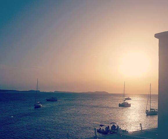 Beautiful iconic sunset view apartment
