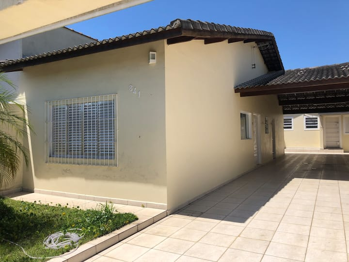 Casa em Peruíbe - Bairro Belmira Novaes