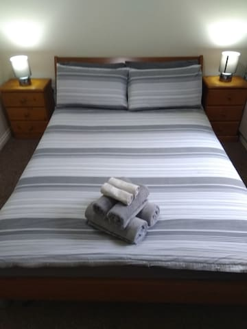 Best location-City Center! Double Cosy Room!!