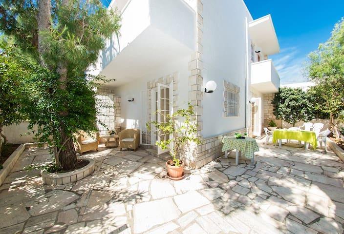 Rent Villa Agri in Ostuni - Specchiolla - Villa