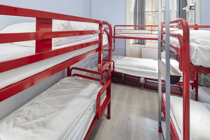 Bed in 6-Bed Female Dorm with Shared Bathroom