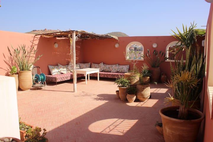 Tifawin apartment & beautiful private sun terrace