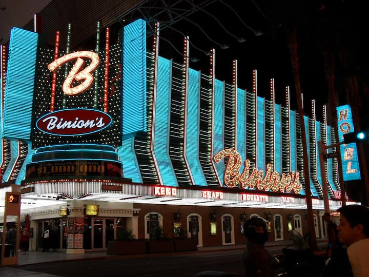Classic Vintage Neon Signs