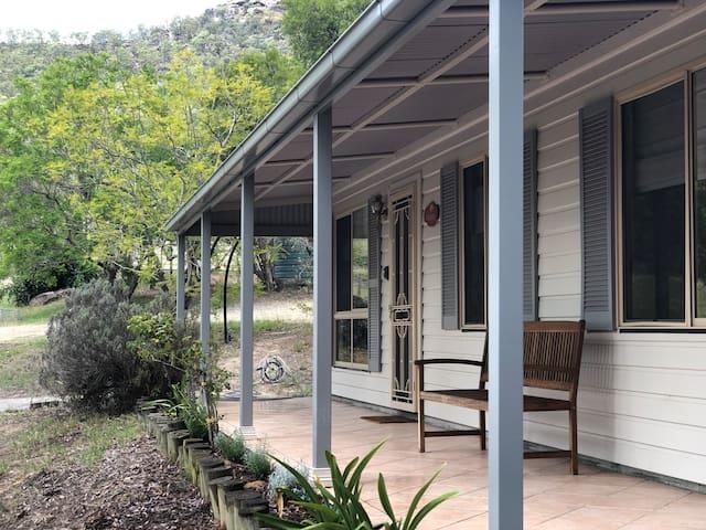 Rosebower @ Glen Eden Cottages