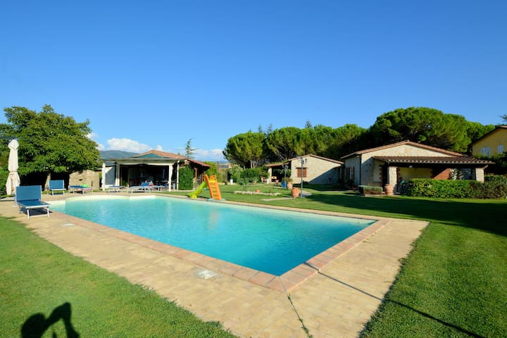 Modern Holiday Home in Marsciano with Private Pool