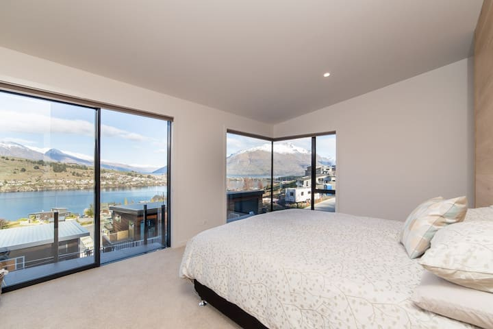 Affordable luxury lake view room 2(豪华湖景房) - Queenstown - Villa