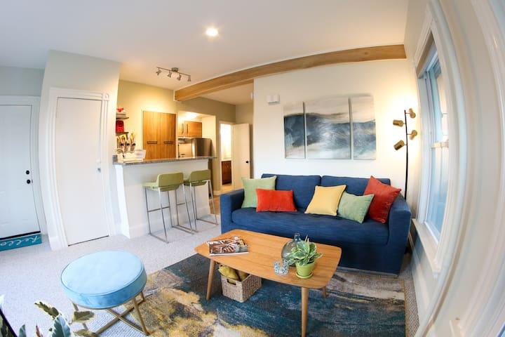 Beautiful Modern Apartment Near Willard Beach