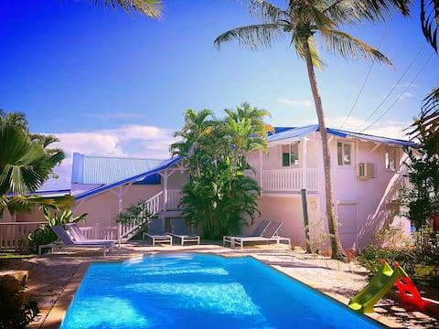 Villa vue mer piscine à 200m plage de Petit Havre