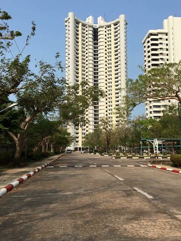 Beach front condo for rent - Sattahip  - Apartamento
