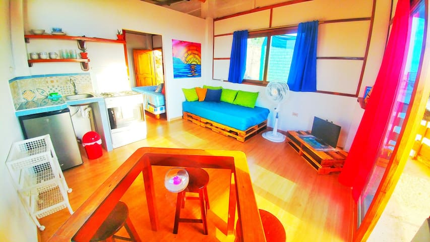 Lindo apartamento con vista al mar *WIFI* *TV*