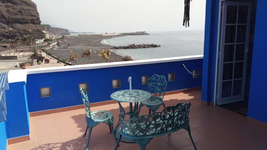 Puerto de Tazacorte -  Edificio Azul  - Atico