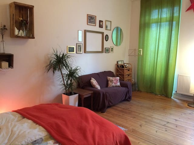 cozy room in the middle of Neukölln