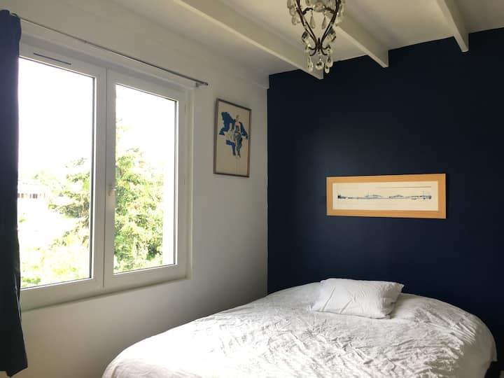 Chambre bleue Arcueil-Paris