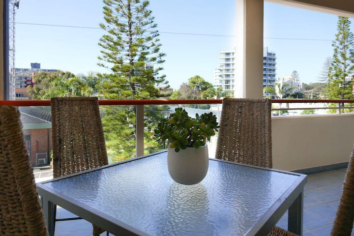 Marina 401 Air-conditioned in the heart of Forster