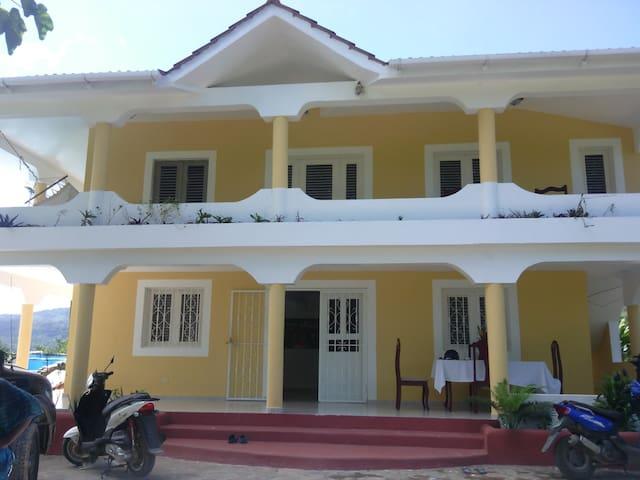 Casa Yaneida - El Limón - House