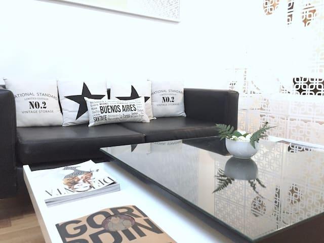 Moderno Studio con Amenities