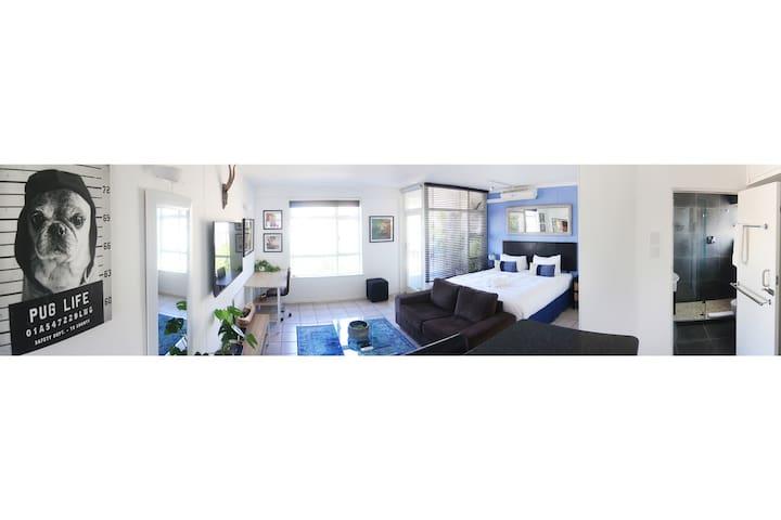 Jasmine Studio - The Perfect Green Point Apartment