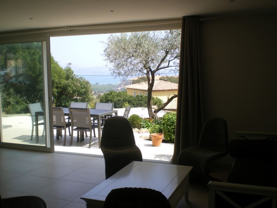 Appartement de plein pied 90m2 apartments for rent in for Ada salon de provence
