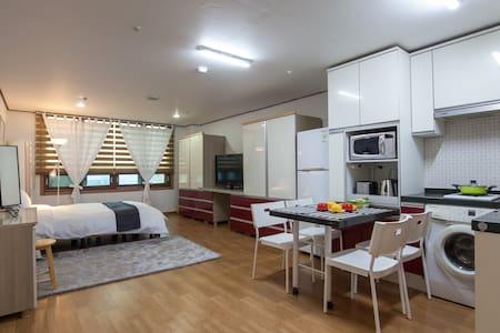 Jeju airport apartment 공항과 면세점이 가까운 아파트 - Doryeong-ro, Jeju-si
