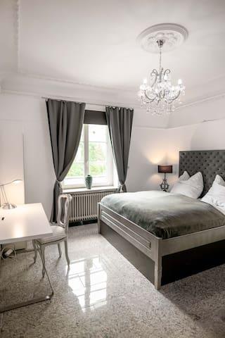 Silber Suite, extra Wohnzimmer und Terrasse