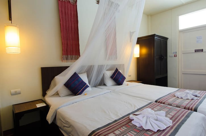 Superior Twin Room - Chiang Mai - Bed & Breakfast