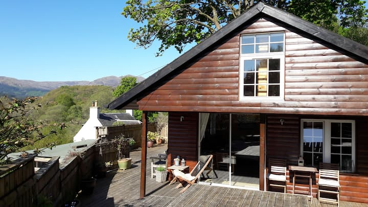 Trossachs chalet - nature retreat with hill views