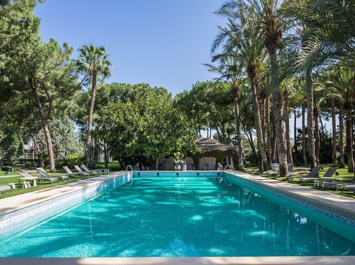Deluxe villa(6p) in beautiful garden(18.000m2)