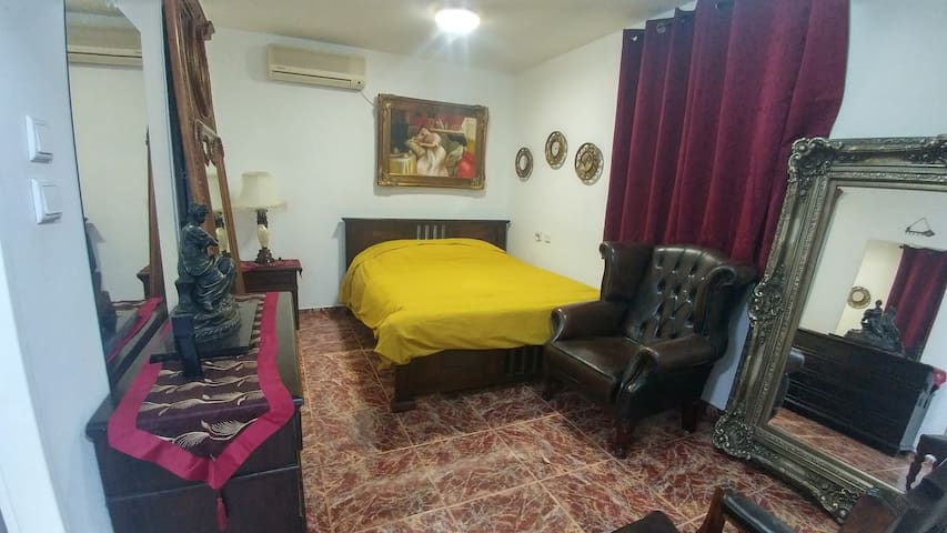 Cozy apartment in Ramat Gan