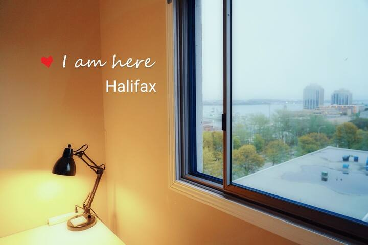 Halifax DownTown Seaview/Sunny/Cozy Room